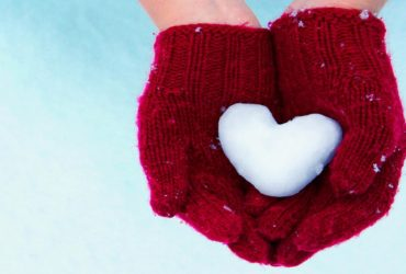 Christmas_HD_wallpapers_snow_heart_2013